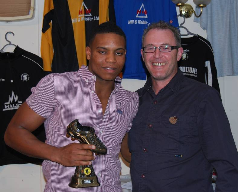 Chris Sterling receives the Golden Boot from main sponsor Phil Webster (Click to enlarge)