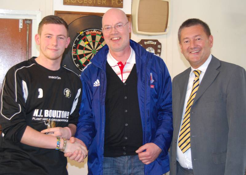 Jack Langston (left), Paul Croft (centre) and club Chairman Mark Deaville. (click to enlarge)
